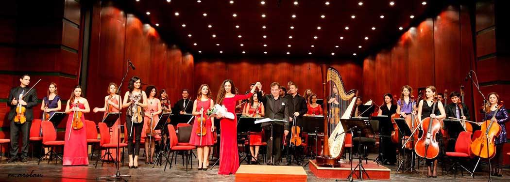 Eskisehir Symphony & Beste Toparlak - Gliere Harp Concerto